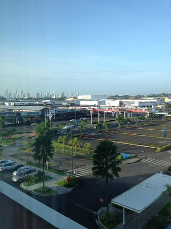 Courtyard Panama at Metromall Mall : View from Room 430