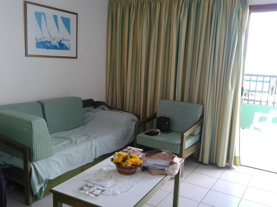 La Florida Apartments: 3rd Bed Settee / Living Area