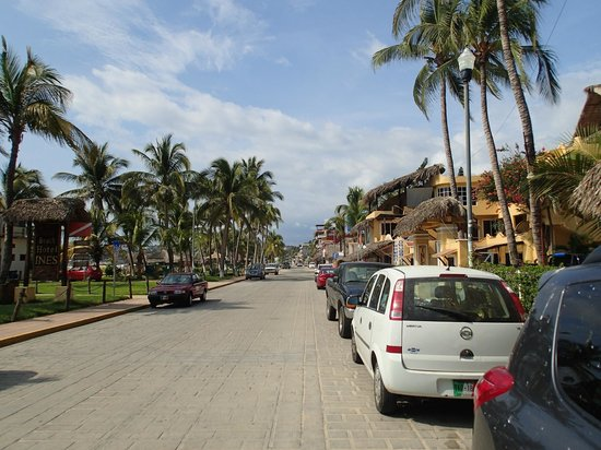 Beach Hotel Ines : Calle Del Morro, in front of the hotel