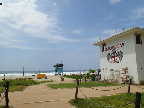 Beach Hotel Ines : Lifeguard station in front of the hotel