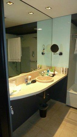 Lennox Hotel Buenos Aires: banheiro