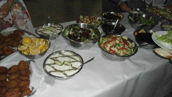 Galini Restaurant: ΝΟΣΤΙΜΟ ΠΑΡΑΔΟΣΙΑΚΟ ΦΑΓΗΤΟ