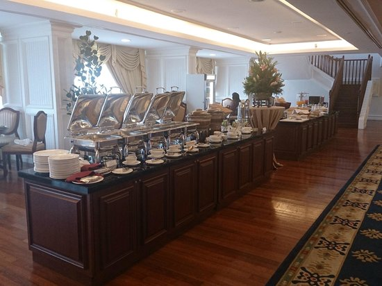 The Royale Chulan Damansara: Buffet Breakfast Spread - Executive Club Lounge