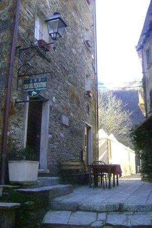 Antico Borgo Isola Santa: Ingresso del ristorante