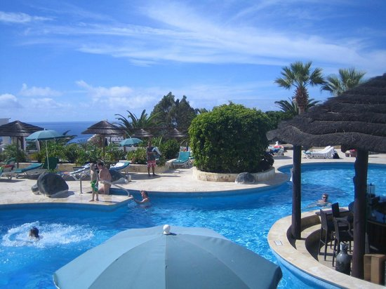 Regency Torviscas Apartments and Suites : Pool area