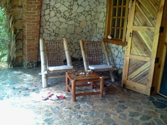 Chalet Tropical Village: Front Porch to Villa