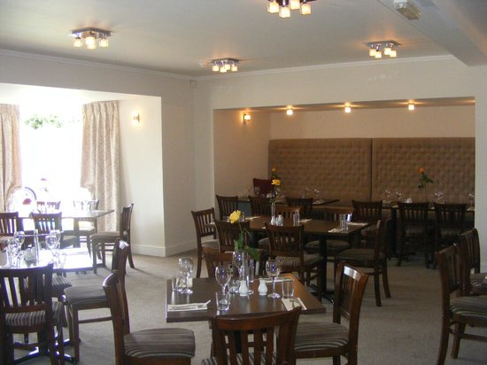 The Old Lodge Hotel: Restaurant