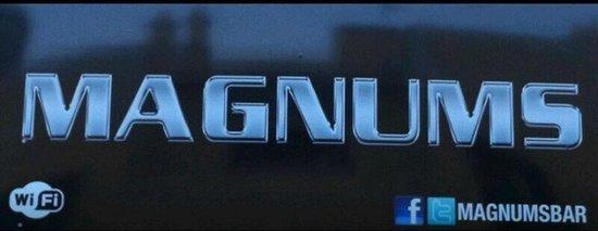 Magnums Bar