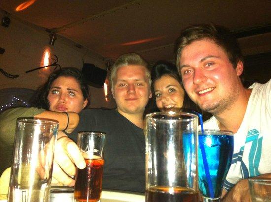 Anchorage Cafe Bar: Lets drink