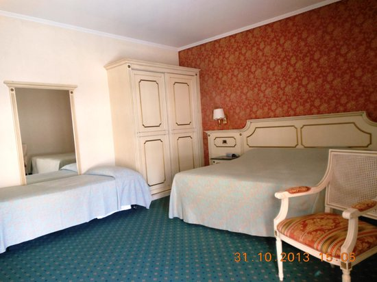 Palace Hotel Meggiorato: Zimmer