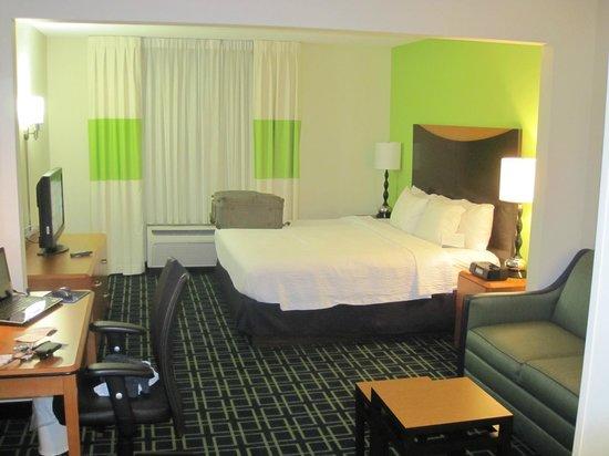 Fairfield Inn & Suites Charleston Airport/Convention Center: Standard Room