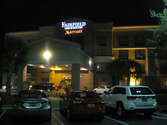 Fairfield Inn & Suites Charleston Airport/Convention Center : Exterior Photo of Hotel
