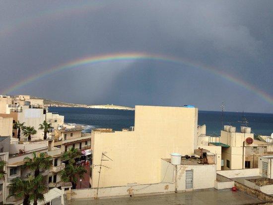 Relax Inn Hotel: rainbow
