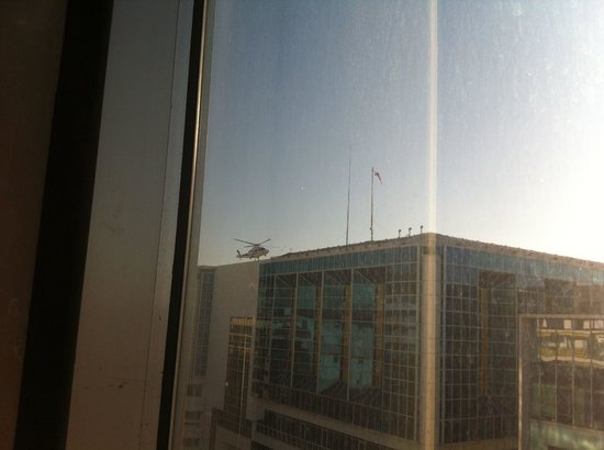 Ibis Budget Nice Californie Lenval: Helicopter landing on hospital opposite