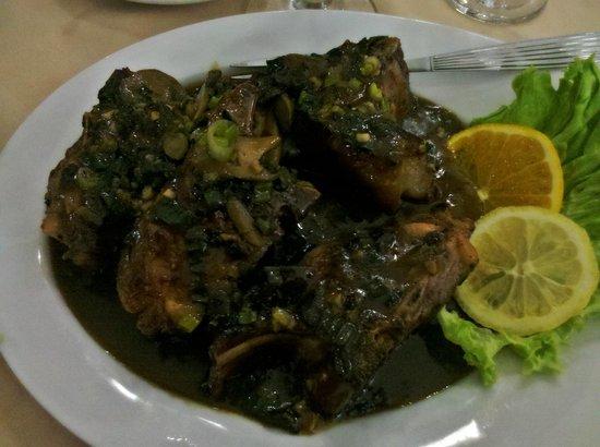 La nuova estancia parilla y restaurante: Cordero con salsa de hongos