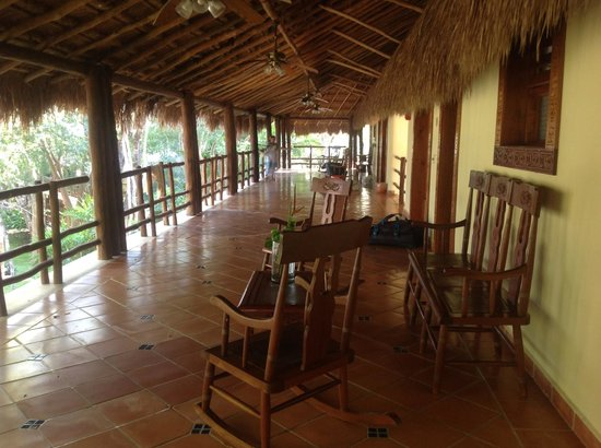 The Lodge at Uxmal : Hallway, common areas leading to rooms