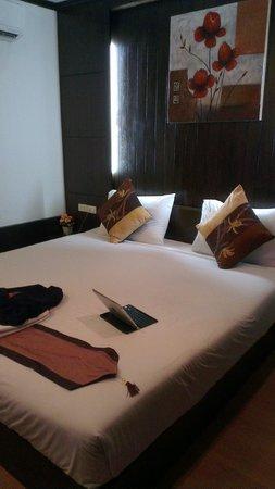 Eight Inn: The apparently nice room