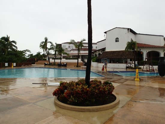 Club Med Ixtapa Pacific: Common sight in Aug-Nov months - resort shut down for hurricane