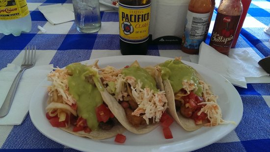 Taqueria Rossy: Tacos loaded up....