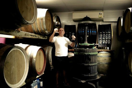 Currarong, Australia: Salet Wines Cellar