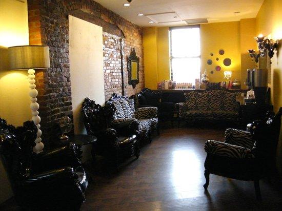 Sohotel: Lobby--coffee & tea lounge