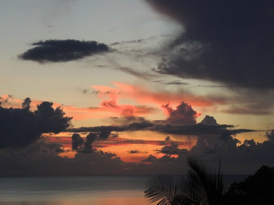 Ban Sua Samui: Another sunrise from terrace