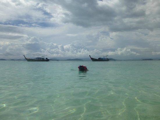 Snorkelling in Khai Island