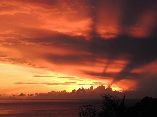 Ban Sua Samui: Sunrise from terrace