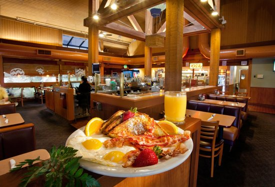 BEST WESTERN PLUS Inn at the Vines: Breakfast at our Restaurant
