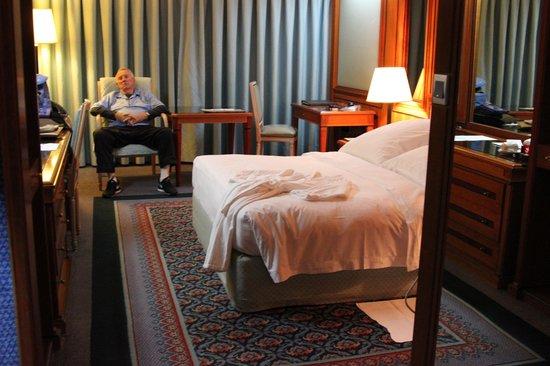 Le Meridien Dubai Hotel & Conference Centre: Lovely room!