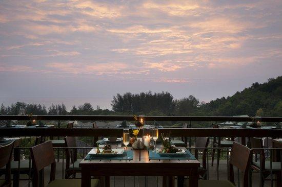 Chomtalay restaurant at Mandarava Resort and Spa: View overlooking the sea