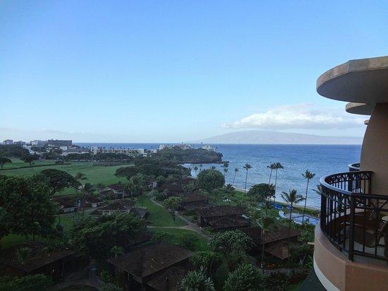 Royal Lahaina Resort: 12 floor room view