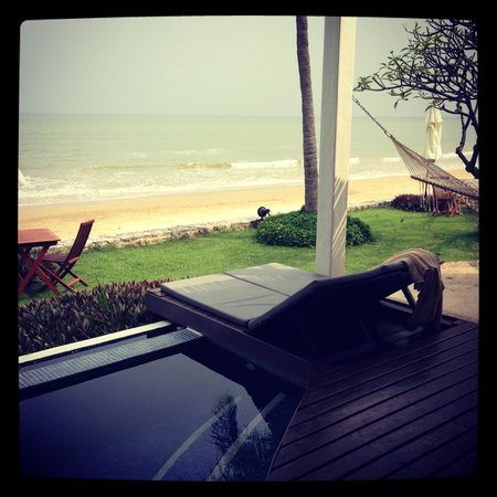 Aleenta Hua Hin Resort & Spa: Oceanfront villa - splendid