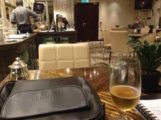 Regal Hongkong Hotel: Club room daily complimentary refreshment