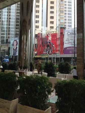 Regal Hongkong Hotel: Ground floor foyer