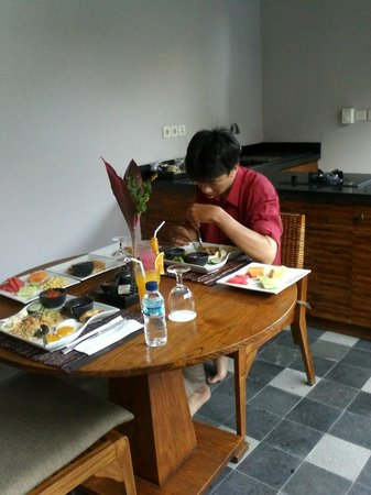 The Lokha Umalas Villas & Spa: santapan menu variatif