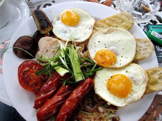 Walnut Cottage Cafe: tasty & yummy breakfast