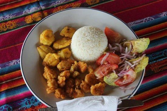 Xanadu Hotel: Eli is the best cook in Ayampe