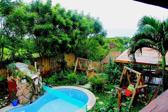 Xanadu Hotel: the garden of Xanadu...