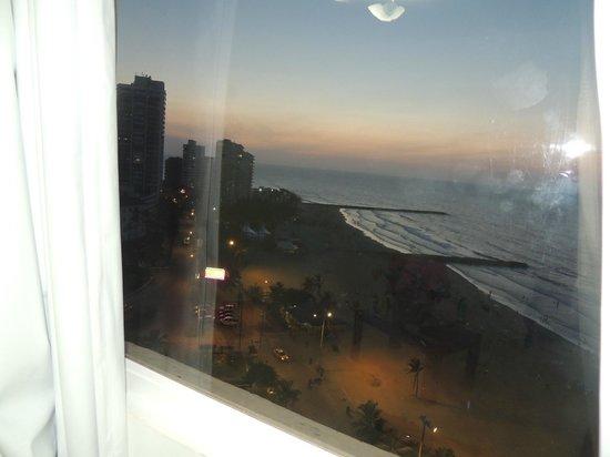 Hotel Dorado Plaza: Vista del atardecer desde la habitación
