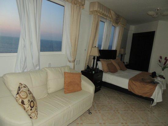 Hotel Dorado Plaza: Habitación
