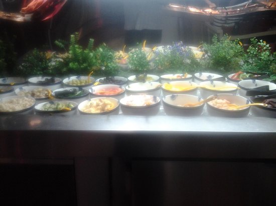 The salad bar picture of kings buffet sudbury tripadvisor for Asian cuisine sudbury ontario