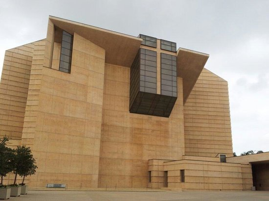 Cathedral of Our Lady of the Angels: By Roseta Nov 2013