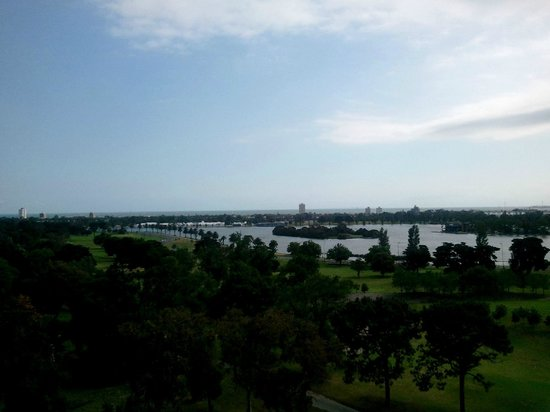 Bayview Eden: View from hotel roof over Albert Park Lake