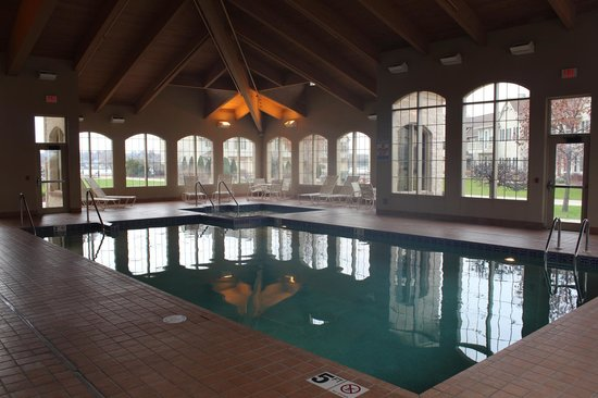 Stone Harbor Resort : Indoor Pool