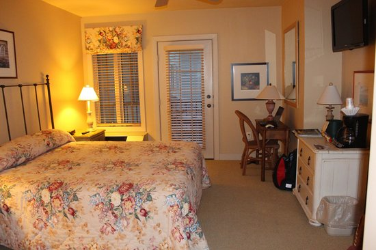 Stone Harbor Resort : The room