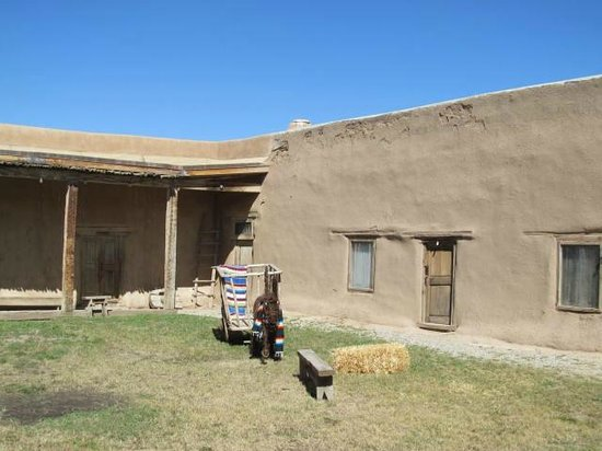 La Hacienda del los Martinez : Courtyard