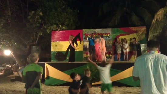 Beaches Negril Resort & Spa: Stage on the beach for a beach party