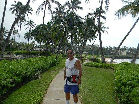 Wailea Elua Village: me in front of Elua on oceanfront path