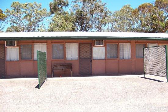Shoreline Caravan Park: Our Cabin